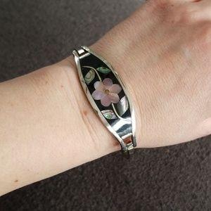 Vintage silver shell bracelet